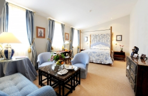 thumbs junior suite m411 Rooms and rates