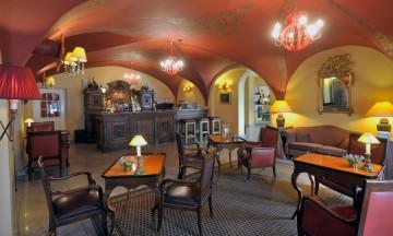 stikliai bar12 360x216 Hotels bar
